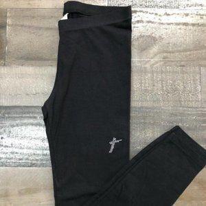 BLACK LEGGINGS W/SILVER CROSS